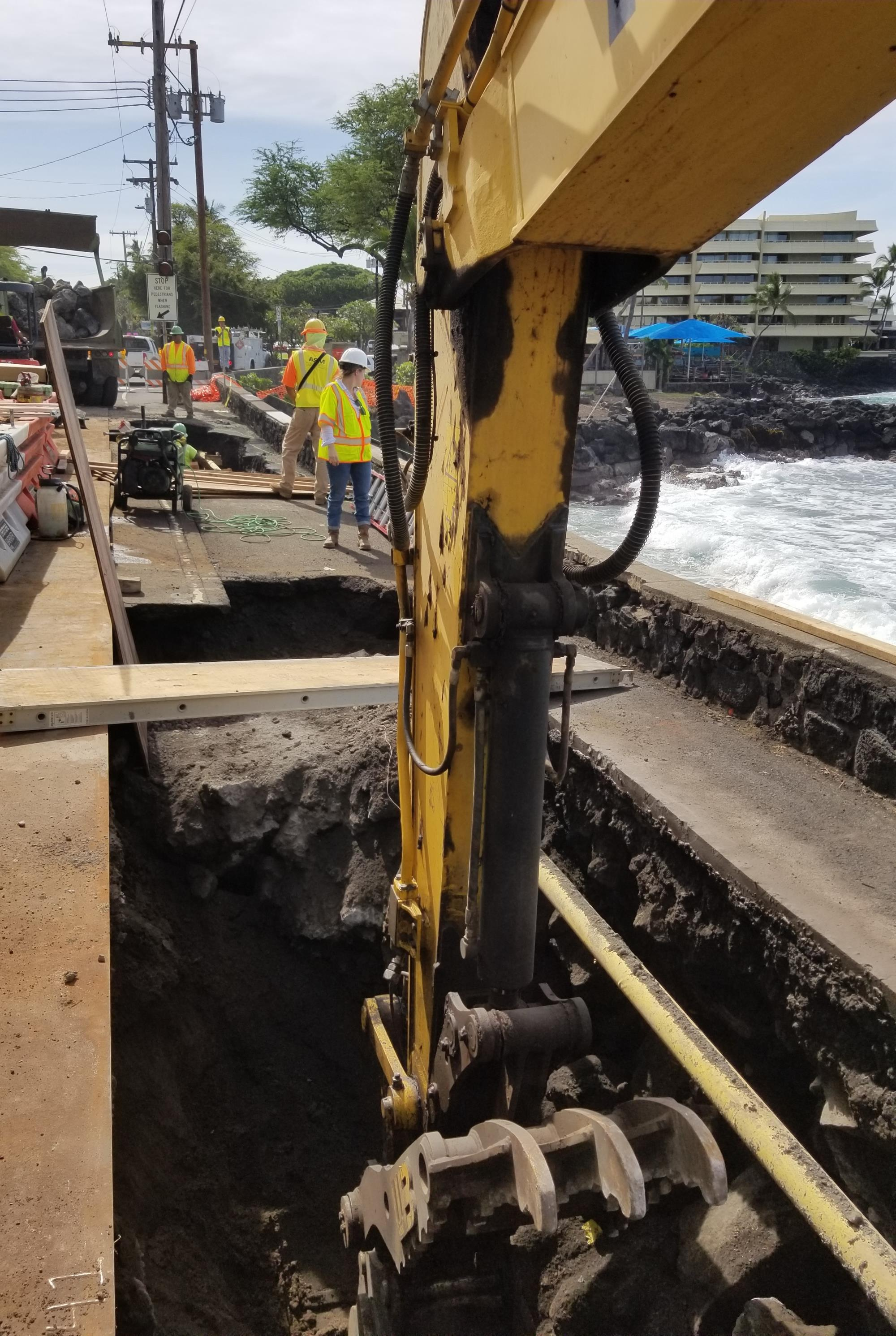 UPDATE: Portion of Ali'i Drive Reduced to One Lane 24 Hours a Day as Sinkhole Repairs Progress