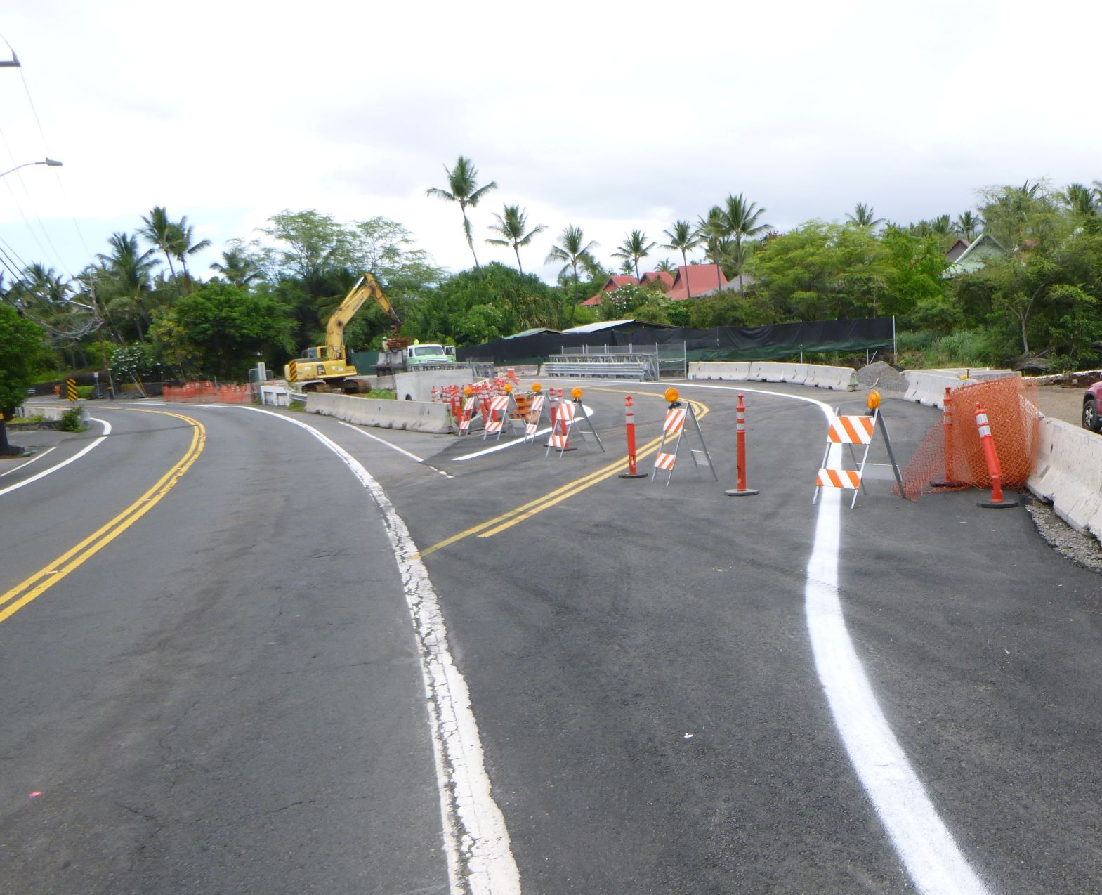 Alii Drive culvert replacement
